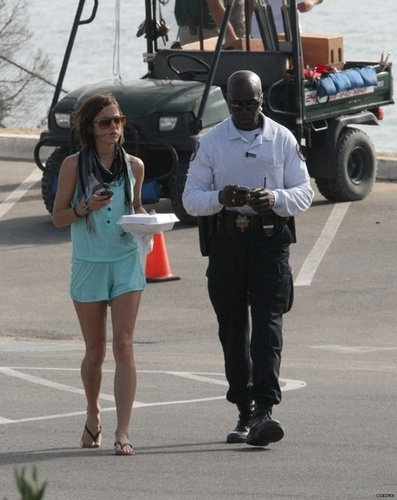 Jessica on the set of 90210