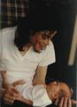 Michael's baby - OK  - michael-jackson photo
