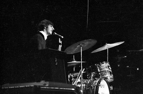 Ringo Singing!