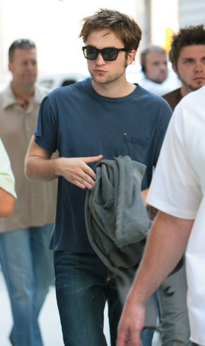 Rob on set of Remember Me
