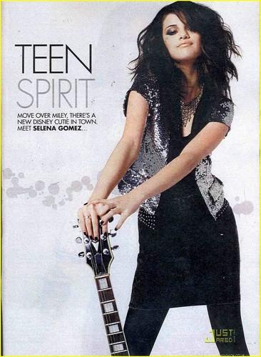 Selena Gomez :Teen Spirit
