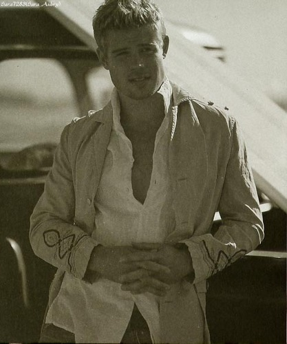 Trevor Donovan in Cotton बेल्ट 2005