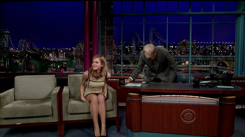 """Late tampil with David Letterman"""