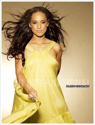 Alicia Keys wallpaper probably with a dinner dress, a gown, and a strapless entitled Alicia >333
