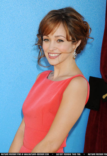 Autumn Reeser at the 2008 mtv Movie Awards