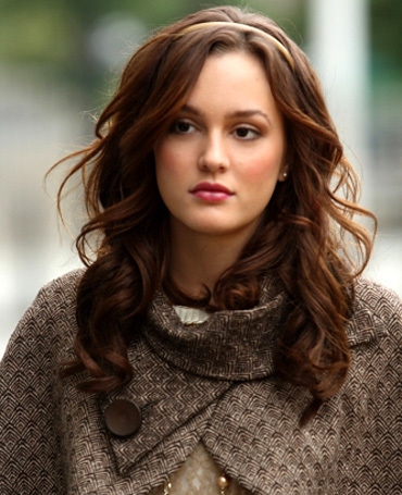Blair Waldorf پیپر وال possibly with a pullover, a box coat, and an overgarment entitled Blair Waldorf>3