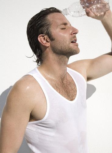 Bradley Cooper wallpaper titled Bradley <3