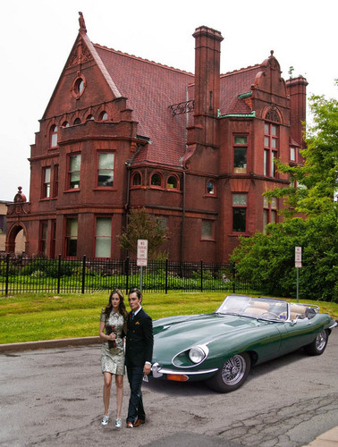 CB another mansion & car