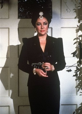 Elizabeth Taylor karatasi la kupamba ukuta containing a well dressed person, a business suit, and a suit called Elizabeth Taylor on General Hospital