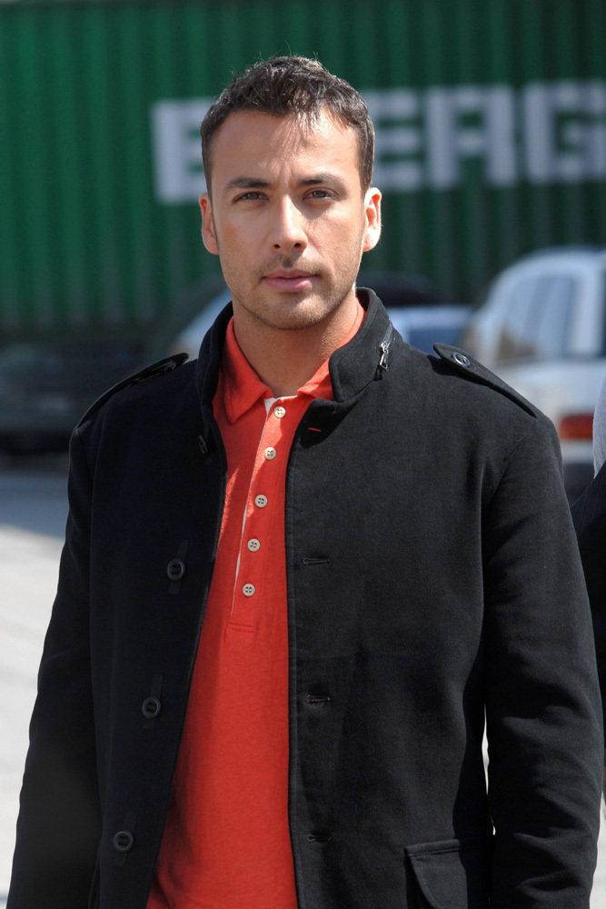 Howie d howie dorough photo 7042904 fanpop for Howie at home