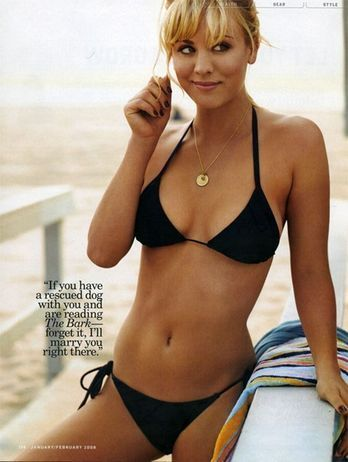 Kaley Cuoco kertas dinding with a bikini titled Kaley Cuoco
