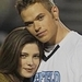 Kellan and Ashley - kellan-lutz icon