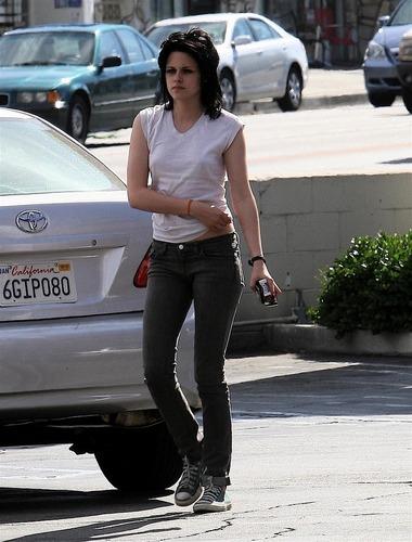 Kristen In The Runaways Set