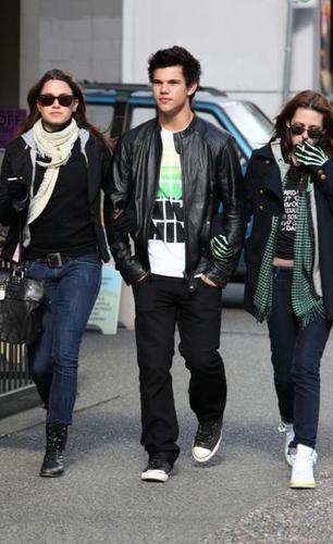 Kristen, Nikki & Taylor
