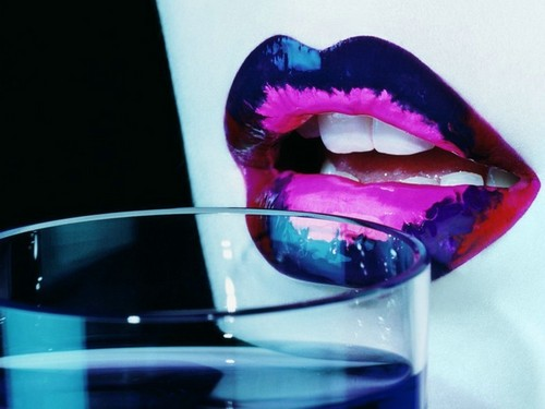 LIps Glass