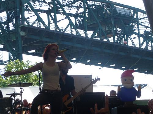 Paramore (Warped Tour 2009!)