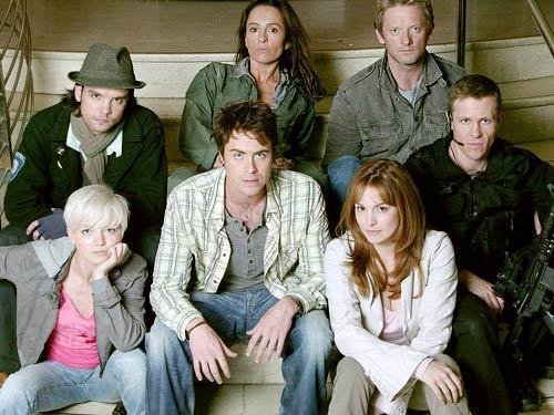 Primeval season 1 and 2 cast