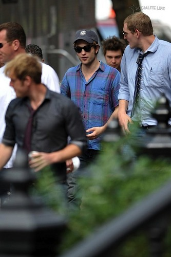 Rob On Remember Me Set [July 10th]