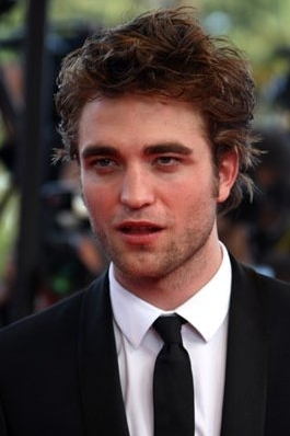 Robert Pattinson at the Inglorious Basterds Movie Premiere