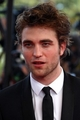 Robert Pattinson at the Inglorious Basterds Movie Premiere - twilight-series photo