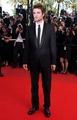 Robert Pattinson at the Inglorious Basterds Movie Premiere - twilight-series photo