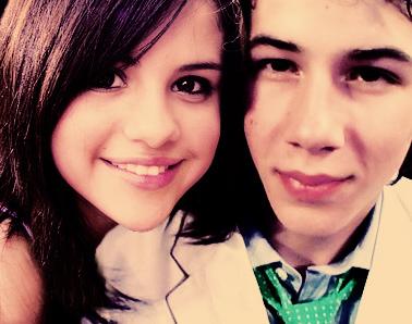 Selena Gomez   Siblings on 2008 Selana Gomez And Nick Jonas When Jonas Brothers Were Big Selena