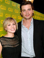 Smallville cast with Kristen Bell