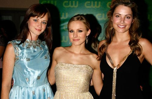 Smallville cast with Kristen Bell - smallville Photo