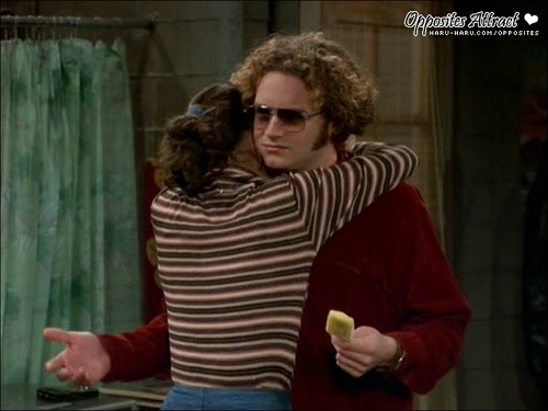 Jackie Burkhart wallpaper possibly with sunglasses entitled Zen