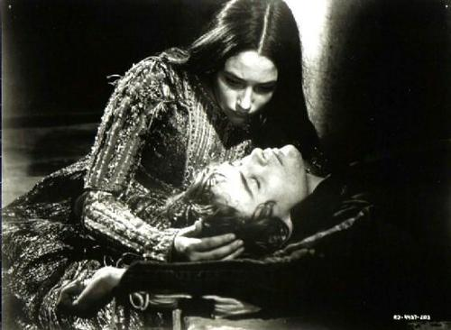 Romeo and Juliet (1968) wallpaper titled black and white