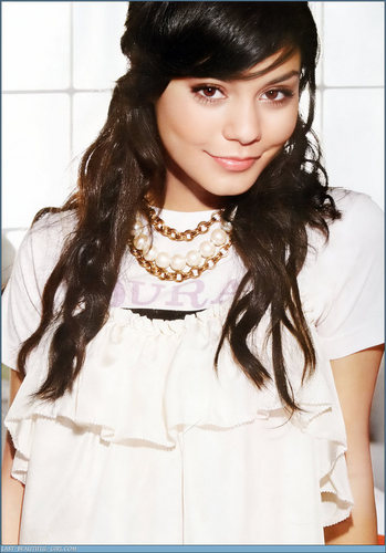 cute pics of vanessa!!