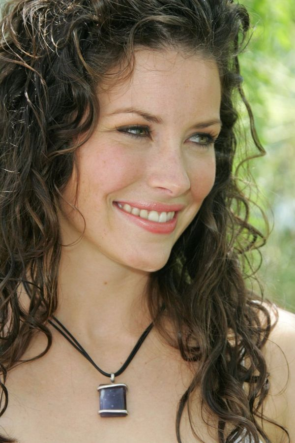 evangeline-lilly-lost-7028345-600-900.jpg