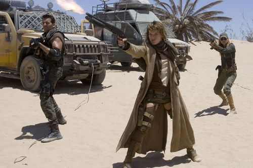 Milla Jovovich wallpaper with a rifleman and a green beret titled resident evil extinction