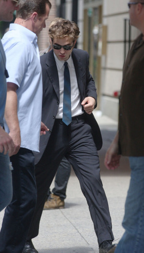 Robert Pattinson Hot-Adorable-Sexy in NYC