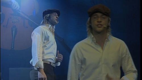 """""""Take Me Home"""" DVD Pics: Keith"""