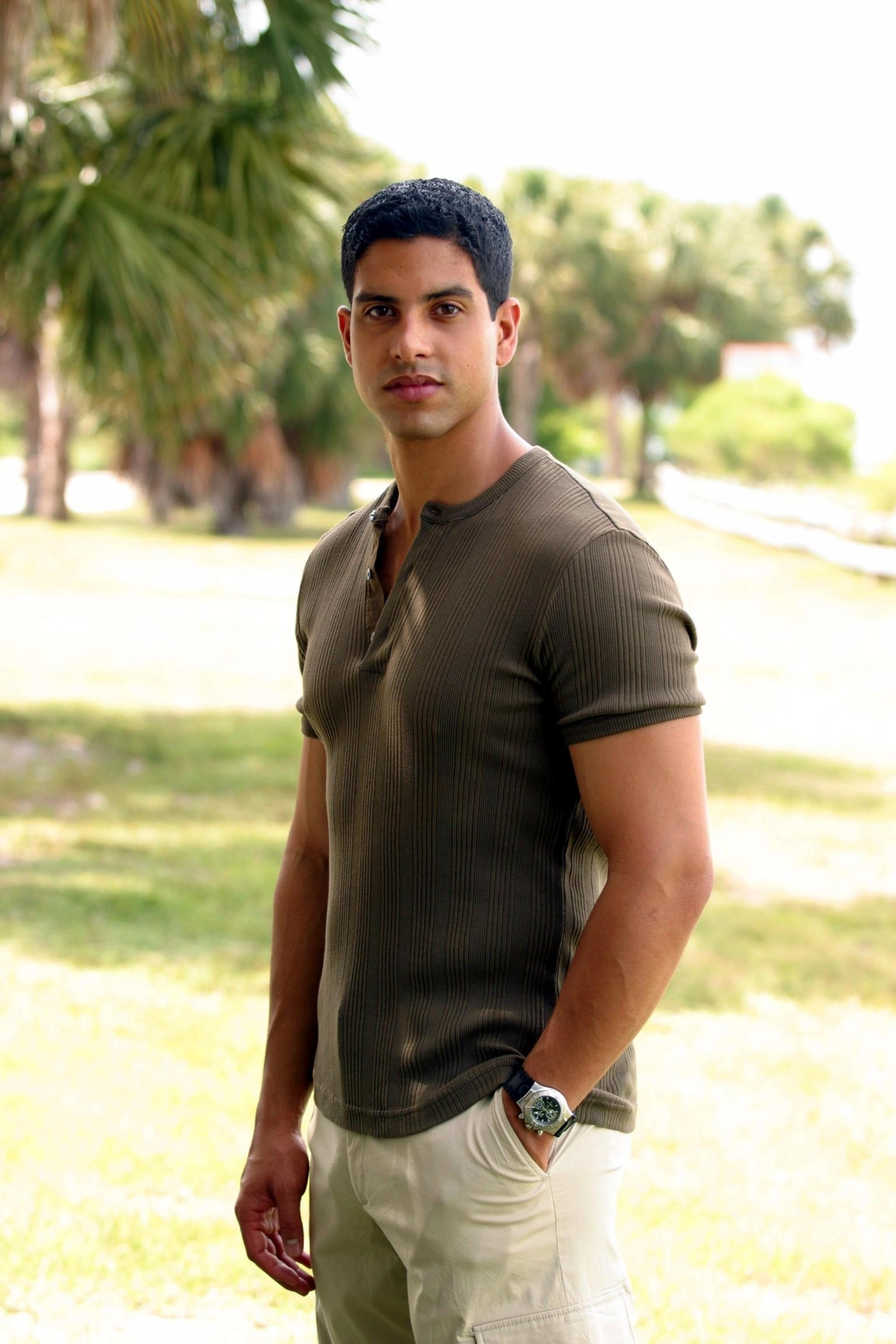 http://images2.fanpop.com/images/photos/7100000/Adam-adam-rodriguez-7142555-1536-2304.jpg