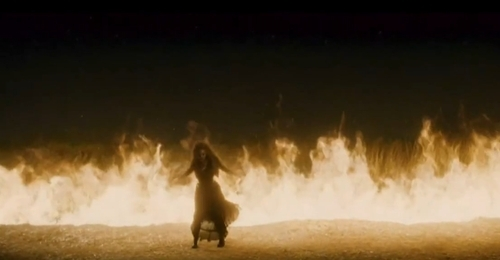 벨라트릭스 레스트랭 바탕화면 with a fire, a fire, and a 분수 called Bellatrix in the half blood prince