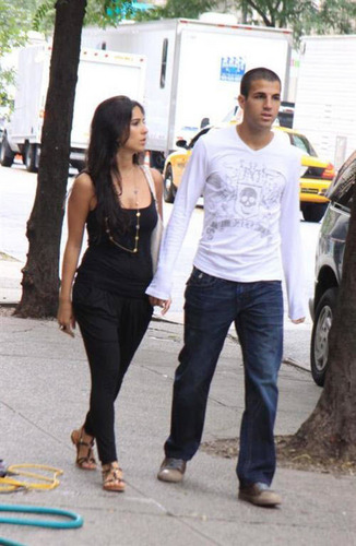 Cesc and Carla - cesc-fabregas Photo