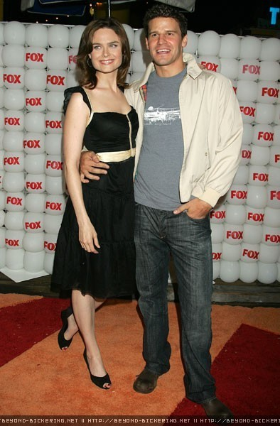 Are emily deschanel an...