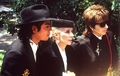 Funeral Of Vincente Minelli, 1986 - michael-jackson photo