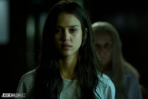 Horror فلمیں پیپر وال with a portrait called Jessica Alba in The Eye