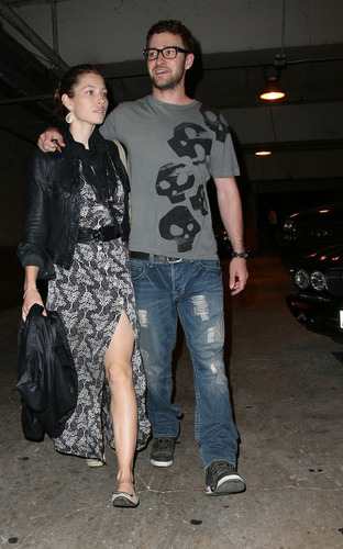 Justin Timberlake and Jessica Biel at the Hollywood Bowl