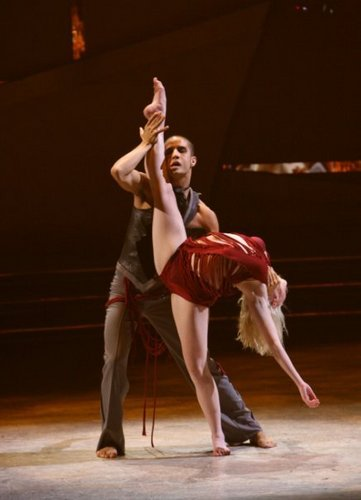 So আপনি Think আপনি Can Dance দেওয়ালপত্র called Kayla and Kupono শীর্ষ 12