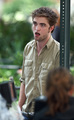NEW PIC FIGHT!! The ugliest pics of Rob!! *laughs evely*