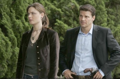 Fotos From Season 1 (Booth <3 Bones)