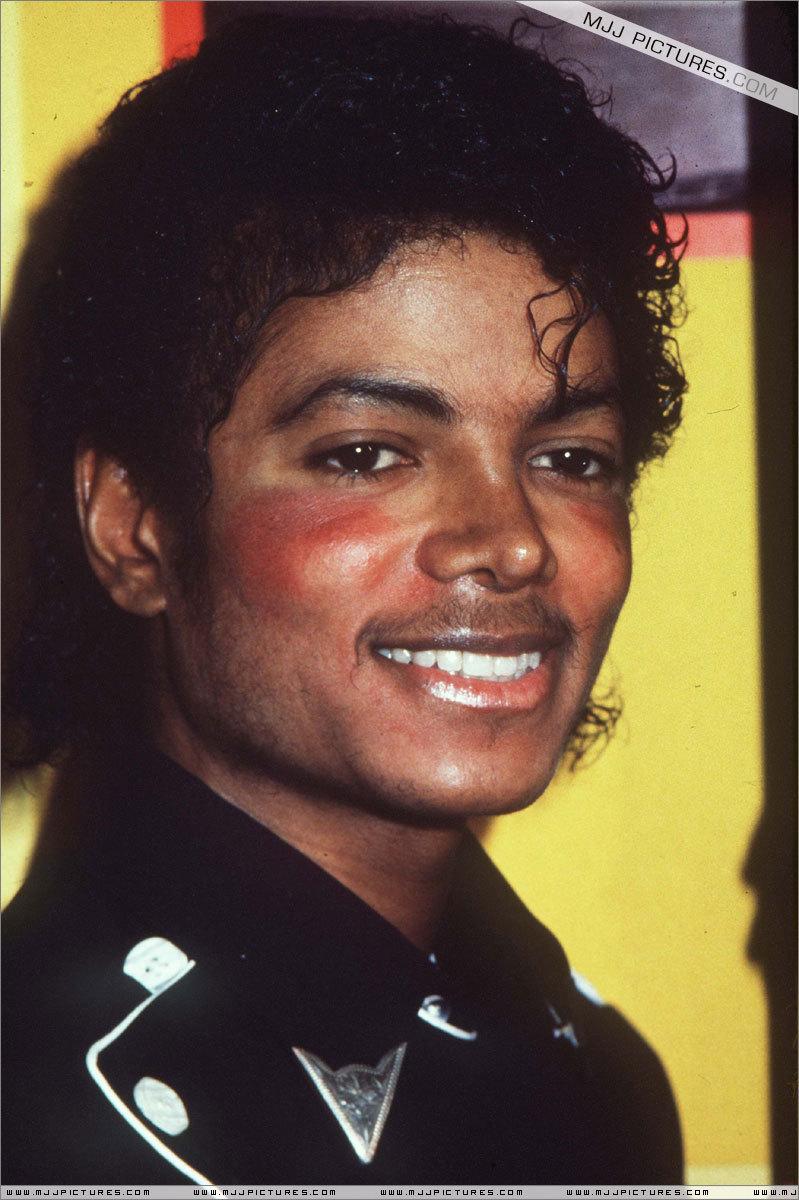 """Platinium Certification for """"Thriller"""""""