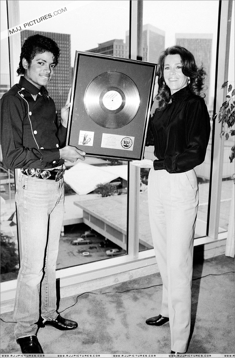 "Platinium Certification for ""Thriller"""