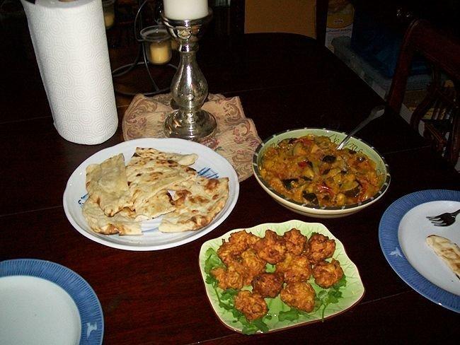garnaal, garnalen Pakoras and aubergine kerrie
