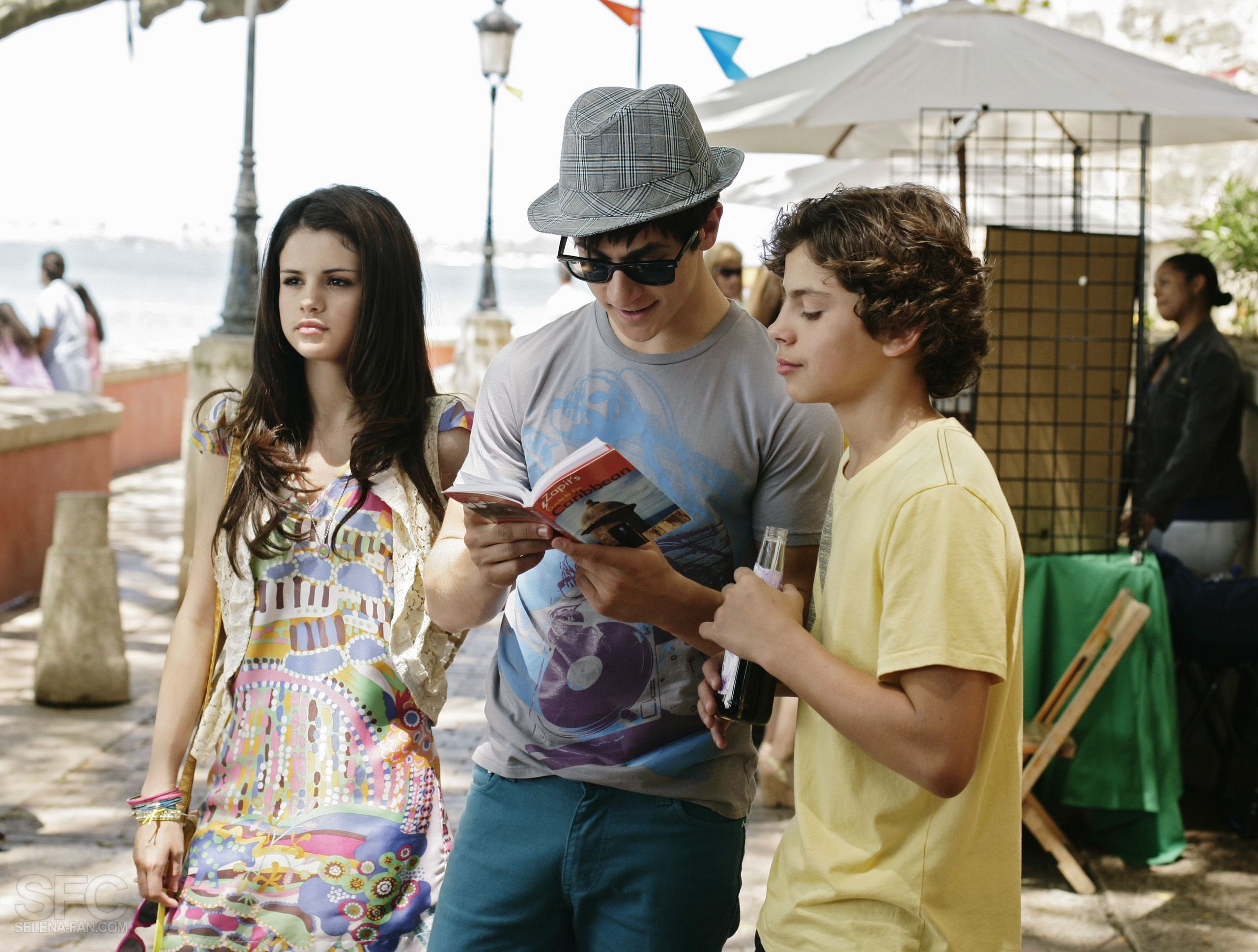 WOWP Movie - Jake T. Austin Photo (7129403) - Fanpop