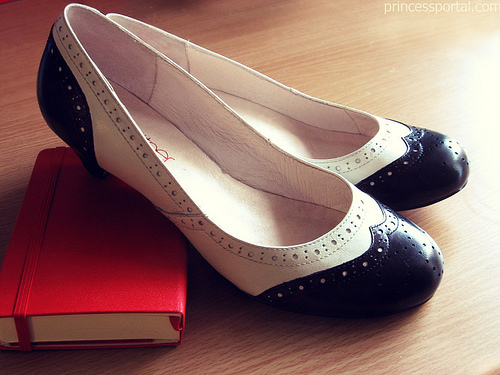 brogues - womens-shoes photo